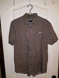 Men's XL slim fit RVCA button up Red Deer, T4R 0E6