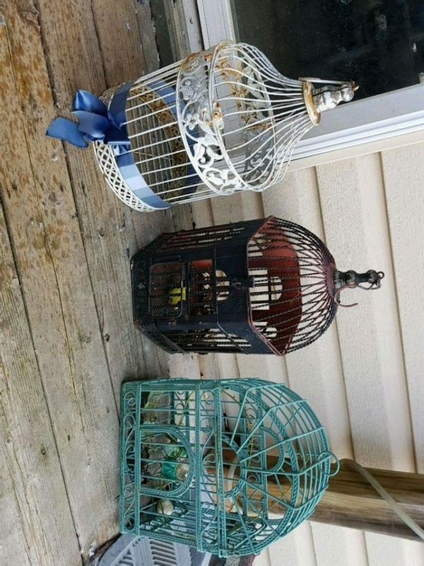 Bird Cages 3 to Choose From e430d87c-ad59-4116-a52d-6e8446ccc078