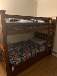 Twin bunk bed with trundle Medfield, 02052