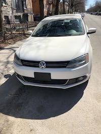 Volkswagen - Jetta - 2011. Comfort model  with sunroof leather  Montréal, H4M 2Y8