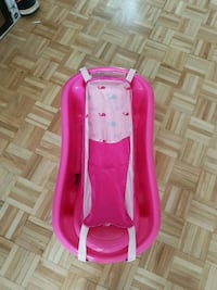 baby's pink and white bather Longueuil, J4H 3S1