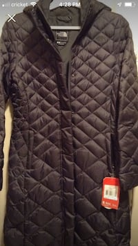 NEW North Face. Size Small New York, 10453