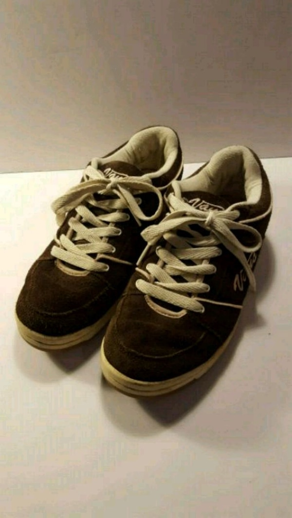 Vans Brown with Pink Suede Sneakers Shoes Size 10