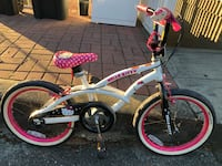 "Hello kitty 18"" kids bike  Burnaby, V5J 1V2"