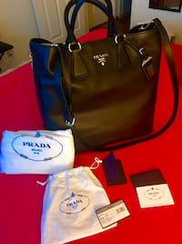 AUTHENTIC LEATHER PRADA BAG - BRAND NEW (Black) with dust bag and shoulder handle.  Santa Clara, 95054