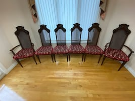 Antique style dining chair set