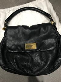 Authentic MARC JACOBS messenger