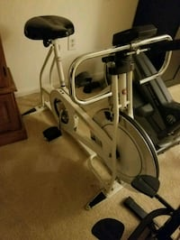 white and black elliptical trainer Centreville, 20120
