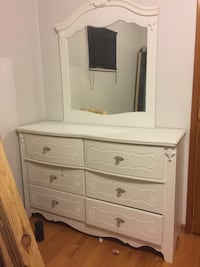 white wooden dresser with mirror Liberty Twp, 45011