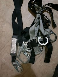 safety harness /fall protection amust for anyone on construction sites Toronto, M6M 4H2