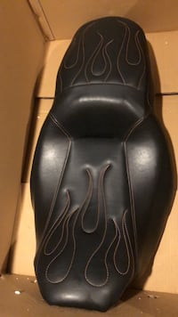 seat for streetglide Orchard Hills, 21742