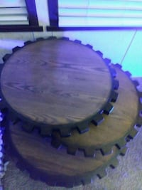 round brown wooden coffee table Huron Charter Township, 48164