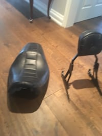 Harley Davidson OEM 2 up seat and back rest. Vaughan