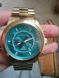 round silver chronograph watch with silver link br Pigeon Forge, 37863
