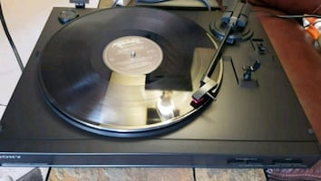 Sony Stereo Turntable Record Player