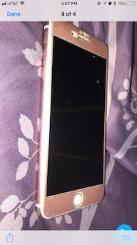 gold iPhone 7plus with case Sicklerville, 08081