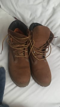 pair of brown leather work boots Ottawa, K2C 1B7