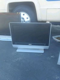 HDTV flat screen Philips  and hooks up to Thousand Oaks, 91320