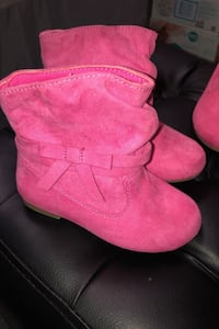 Toddler boots size 7