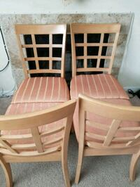 Four brown wooden windsor dining chairs Centreville, 20120