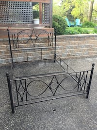 Vintage Solid Wrought Iron Queen Bed Frame Innisfil, L9S 1T4