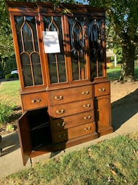Early 1900s hutch