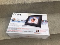 Coby DP-768 7-Inch Widescreen Digital Photo Frame with MP3 Player and 2 Wood Frames Mississauga