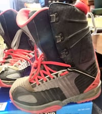 snowboard boots by forum men's size 9