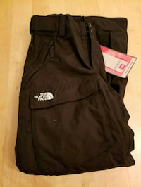 Ladies North Face Snow Pants Toronto, M4R 1E7