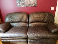 OVERSTUFFED LEATHER RECLINING SOFA AND CHAIR Brighton, 48114