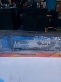 blue and white Transporter Tribute freight truck toy Hughson, 95326