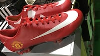 Pair of red-and-white Nike Soccer cleats Vienna, 22180
