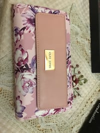 Laura Jones Women's Wallet 3134 km