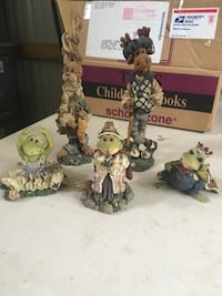 Boyd bear and friends figures Hagerstown, 21742