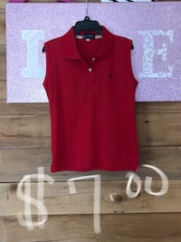 Red Polo size large Lubbock, 79415