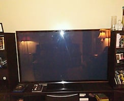70 inch flat screen tv