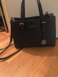 Michael kors Bag 796 km