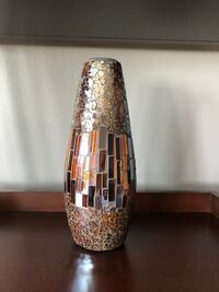 Decorative glass vase  Kitchener, N2G 1W7