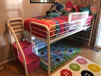 Twin loft bed 67 km