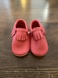 Brand new, never worn Minimoc moccasins, size 4!  Vaughan, L4H 3T4