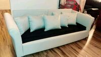 New cream white upholstery couch w/pillows Alexandria, 22304