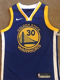 New kids nike STEPH CURRY jersey size small Stockton, 95213