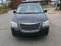 Chrysler - Town and Country - 2008 $3500 obo Chicago