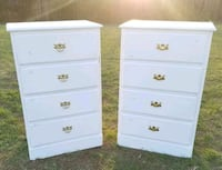 2 Matching Farmstyle Dressers/Chest of Drawers