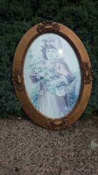 Wood bubble glass frame