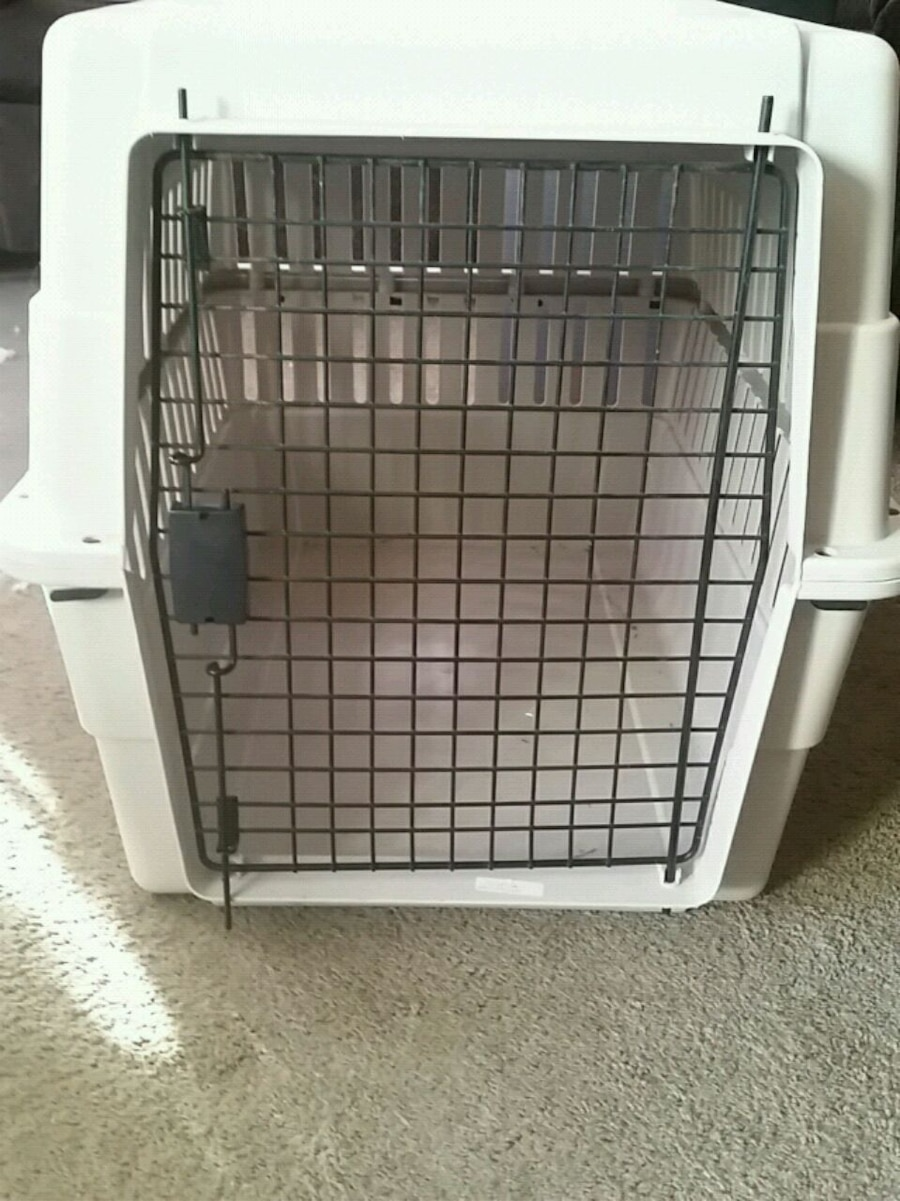 Photo Brand new dog kennel never used