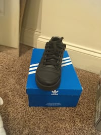 pair of black Adidas low-top sneakers with box Baltimore