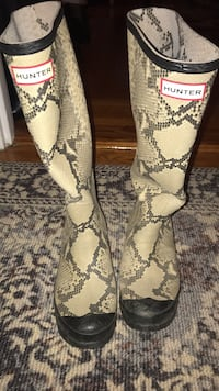 Snakeskin Print Women's Hunter Boots New York, 10075