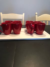 Coffee mugs 8 Used only a few times. Perfect condition.  Kirkland, H9H 5J1