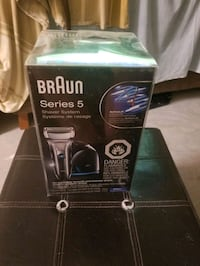 Braun Series 5 5190cc Electric Shaver with Clean & Charge Station   Vaughan, L4J 8N2